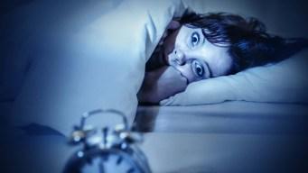 Estudio: problemas económicos le quitan el sueño a la mitad del país