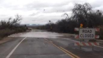 Tormentas dejan partes de Tucson bajo el agua