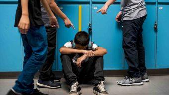 Polémico proyecto multaría a padres de niños agresivos
