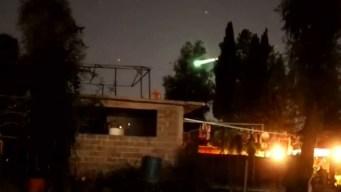 Captado en video: meteoro alumbra el cielo de la Ciudad de México