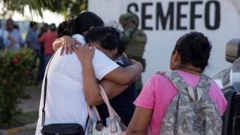 Entregan en México los cuerpos de muertos en ataque