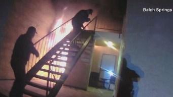 En video: rescatan de las llamas a madre y su niño