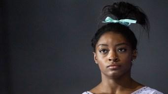Simone Biles rompe silencio por arresto de su hermano