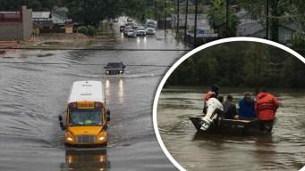 Imelda deja muertos y docenas atascados en Texas