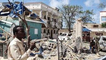 Sangriento atentado en hotel de Somalia deja 26 muertos