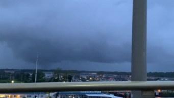 Avistan posible tornado en las costas de Carolina del Sur