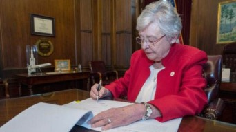 Alabama: ley antiaborto desafía su legalidad en EEUU