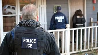 Ofrecen ayuda para combatir arrestos de ICE