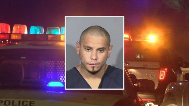 [TLMD - LV] Policía: mata a su compañero de cuarto y después lo quema