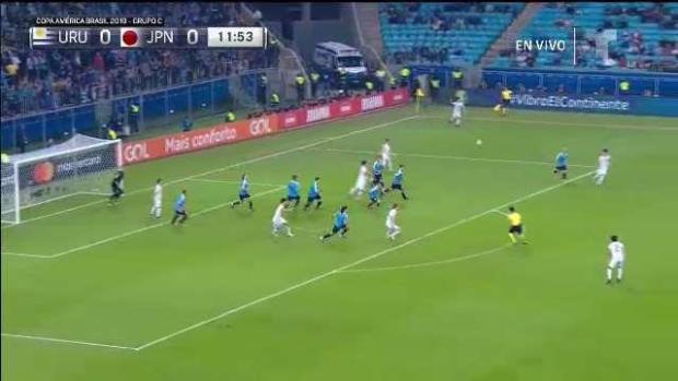 [TLMD - National - LV] Cabezazo de Suárez tras pase de Cavani