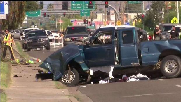 Choque en Phoenix: muere pareja y bebé de tres meses