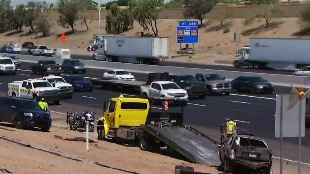 [TLMD - AZ] Dos jovenes heridas tras volcadura en la I-10