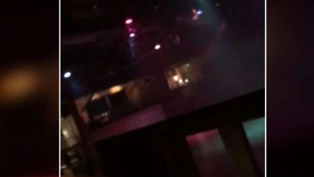[TLMD - LA] Escalofriantes imágenes del terror que se vivió en Thousand Oaks