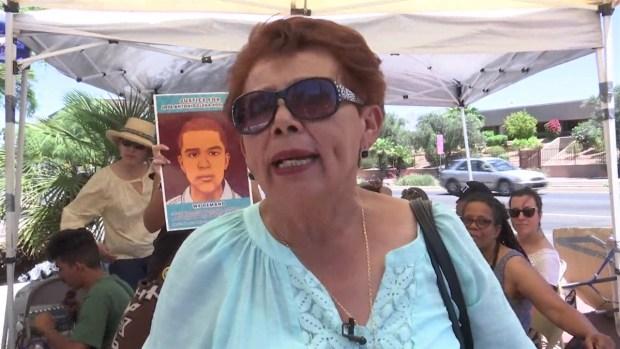 Familiares de víctima de agente fronterizo esperan justicia