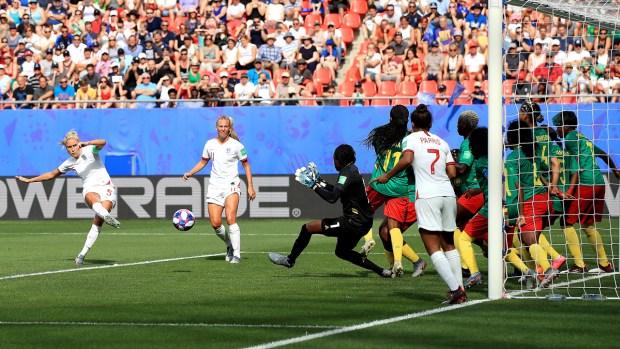 Inglaterra marca su primer gol contra las africanas
