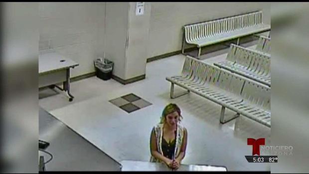 [TLMD - AZ] Maestra enfrena 12 cargos por conducta inapropiada
