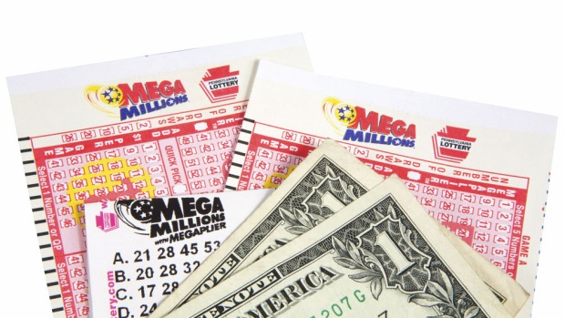 Lotería Mega Millions de EEUU acumula bolsa de 450 millones de dólares