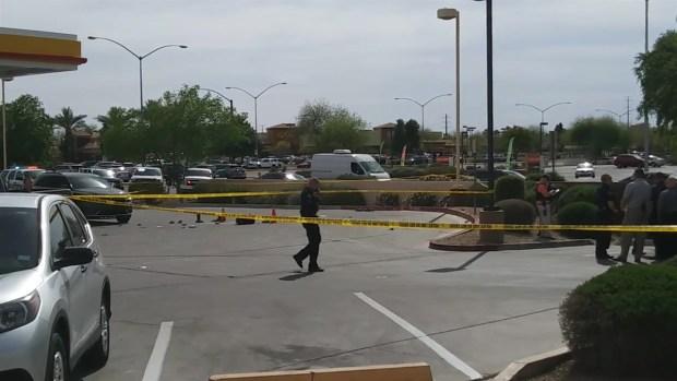 [TLMD - AZ] Policía de Mesa, involucrado en tiroteo