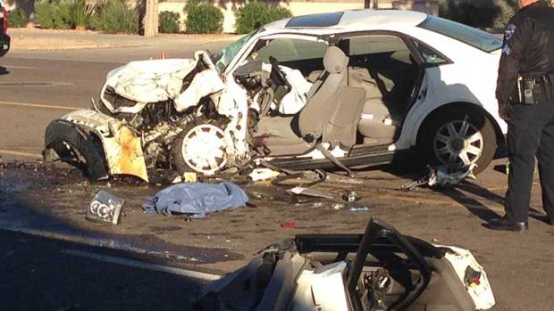 Fotos: Se desata ola de accidentes mortales en Arizona