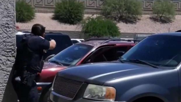 [TLMD - AZ] Pareja que denuncia presunto abuso de policías, pide que los despidan