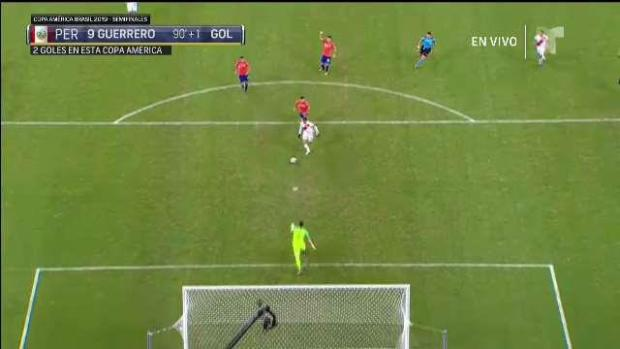 Perú anota la estocada final contra Chile y gana 3-0