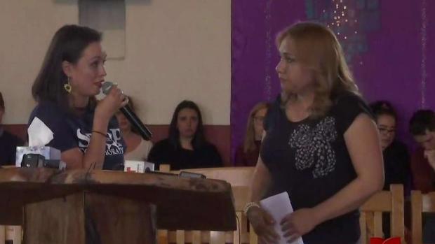 [TLMD - AZ] Protestan en Tucson por arresto de familia migrante