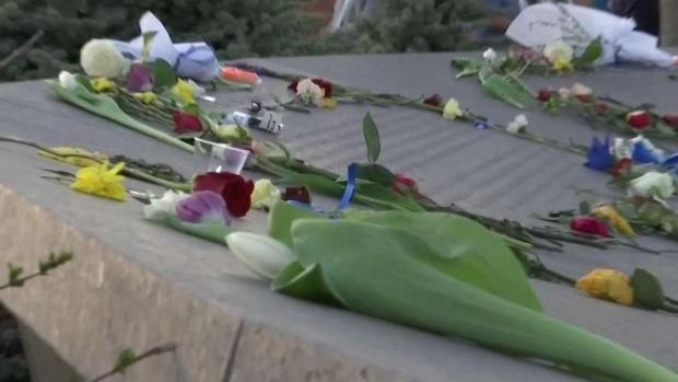 [TLMD - Denver] Recuerdan a las víctimas de Columbine en Clement Park