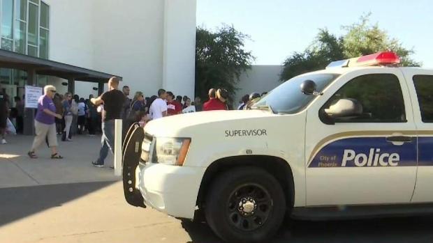 [TLMD - AZ] Residentes exigen cambios en el departamento de policía de Phoenix