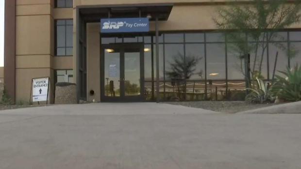 [TLMD - AZ] Se hicieron pasar por empleados de SRP para robar