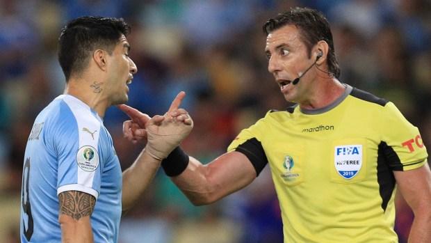 [Copa America] El video de Suárez pidiendo penal por mano del ARQUERO