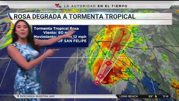 Rosa se debilita a tormenta tropical horas antes de tocar tierra