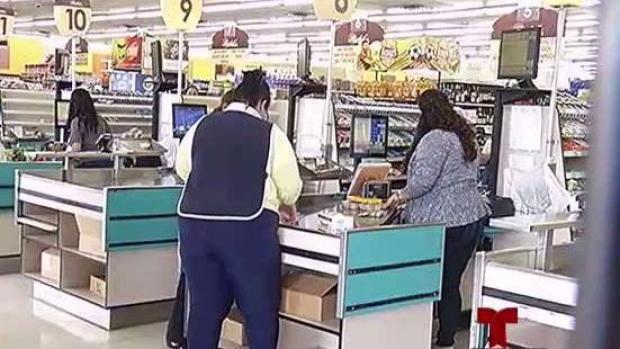 [TLMD - PR] ¿Trabajo interno? Asaltantes huyen con $7 mil de supermercado