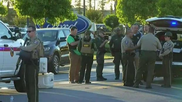 [TLMD - Bahia] Tres muertos tras balacera en concesionario