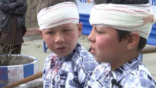 Bombazos letales sacuden Kabul; hay niños heridos