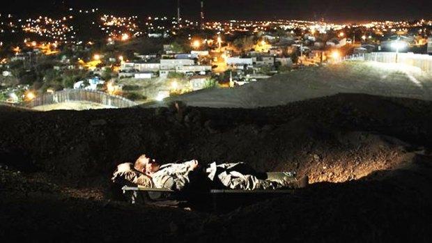 Fotos: Inmigrantes se derriten en el desierto