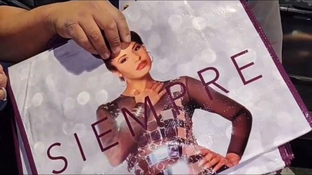 """""""Selena siempre"""": furor por venta de nuevas bolsas sobre la """"Reina del Tex-Mex"""""""