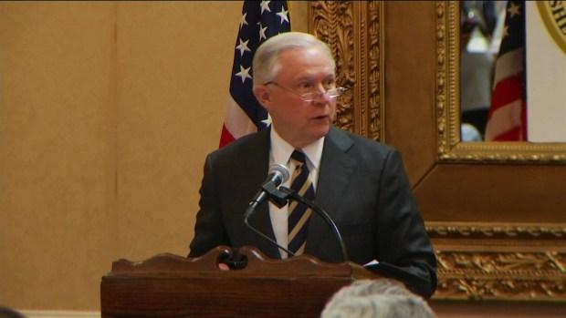[TLMD - MIA] Sessions habla sobre inmigración en la frontera