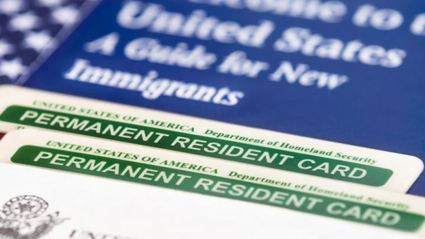 Cómo podrías perder tu residencia permanente