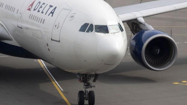Tres aerolíneas aceptan pagar multas de miles de dólares