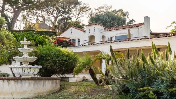 [TLMD - LA] Por dentro: mansión donde seguidores de Charles Manson mataron a dos personas está a la venta