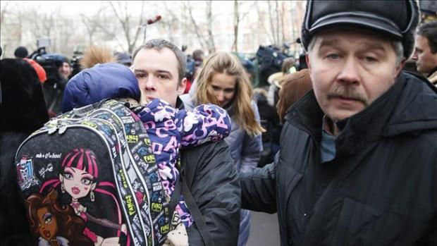Video: Secuestran a 24 a solo días para Sochi
