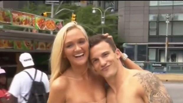 Video: Furor por citas amorosas y al desnudo