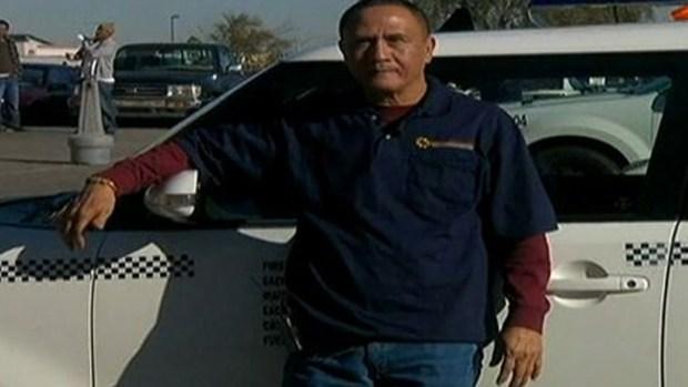 Video: Taxista honesto es recompensado