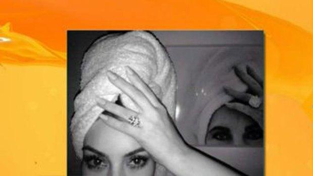 Video: Kim Kardashian y su toalla en la cabeza