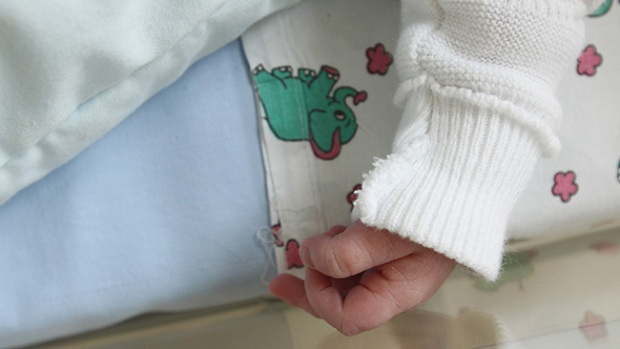 Video: Hospital investiga muerte de varios niños
