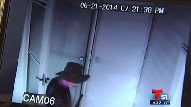 Video: Preso se fuga con sombrero y escopeta