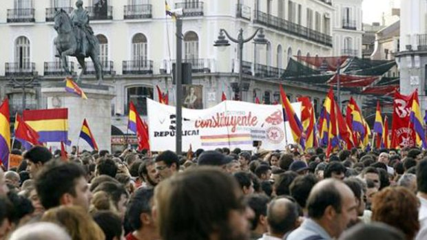 Video: España: republicanos contra monarquía