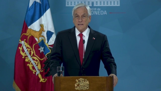 [TLMD - LV] Piñera anuncia medidas para mitigar las protestas en Chile