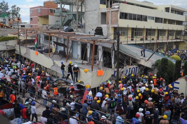Cifra de fallecidos por sismo en México subió a 273