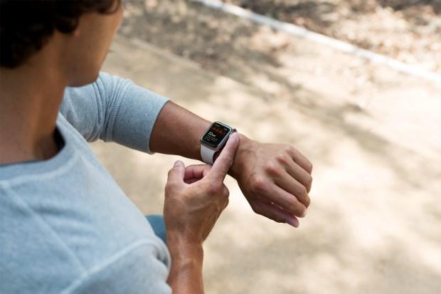 Por fin...ya puedes hacerte un electrocardiograma con tu reloj